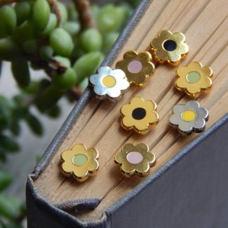 Mini Daisy Enamel Pins